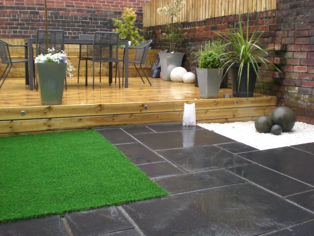 Sheffield landscaper gallery patios decking ponds fencing for Garden decking and slabs