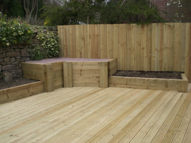 Sheffield landscaper gallery patios decking ponds fencing for Garden decking fencing