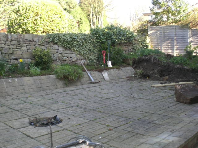 Landscape garden sheffield : Sheffield landscaper gallery patios decking ponds fencing sleepers